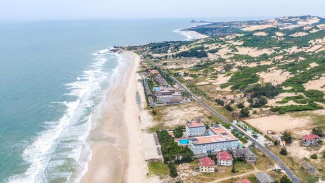 'Đổ' tiền vào bất động sản ven biển