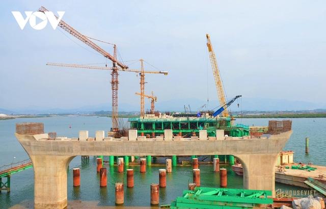 Quảng Ninh đẩy nhanh các dự án cơ sở hạ tầng trọng điểm