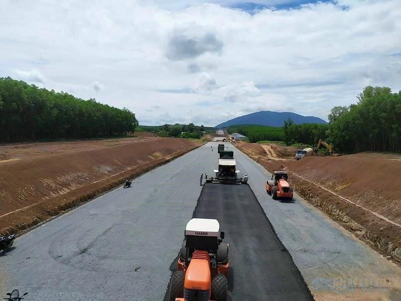 Cao tốc Dầu Giây - Phan Thiết đảm bảo tiến độ, khu vực nào hưởng lợi?