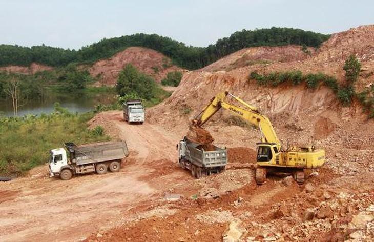 Quảng Ninh bán đấu giá mỏ đất làm vật liệu san lấp mặt bằng