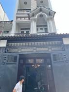 Nhà đường Nhất Chi Mai Quận Tân Bình DT 66m2 , giảm mạnh giá chỉ còn 13 tỷ