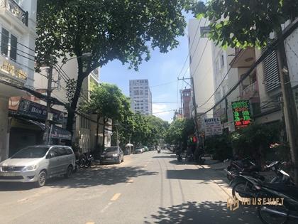 Cơ hội đâu tư nhà mặt tiền Nguyễn Duy Trinh Quận 9, 247m2 giá chỉ 18.5 tỉ