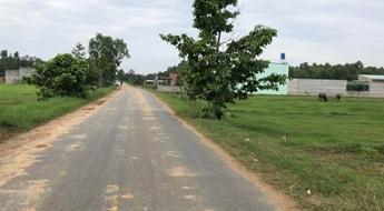 Bán gấp đất MT Lục Viên, xã Mỹ Hạnh Bắc, 135m2 (5x27)