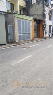 Bán đất ngõ 142 phố Ngô Gia Tự_60m2_cách đường lớn 80m_sổ đỏ_LH: 0913296825.