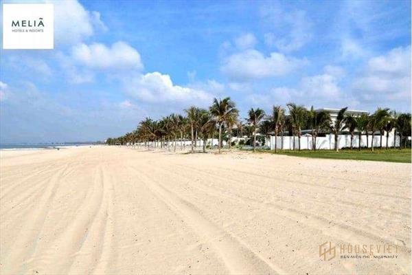 Chính chủ bán lại căn beach villa 3pn melia hồ tràm nội thất 5*. lh 0912357447