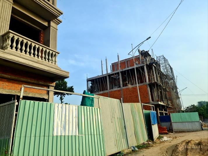 Bán nhà phố thương mại mặt tiền chợ Bình Minh, Vĩnh Long. Kiến trúc Pháp tuyệt đẹp