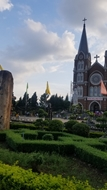 Bán đất ngộp 100m2 gần nhà thờ thánh mẫu,650tr,shr