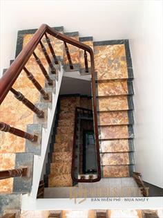 Bán nhà tây sơn - lô góc- nhà nở hậu - ngõ ba gác đua dt 45m2 x 5 tầng, mt 3.5m ( nhà tổng 4 phòng