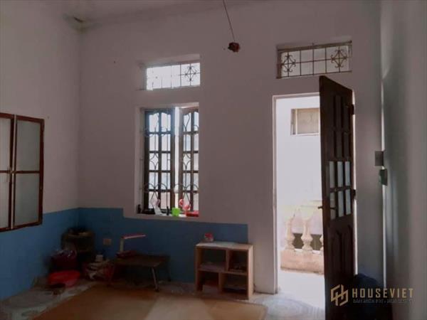 Cần bán nhà gần chợ mơ bạch mai 3 tầng, mt 4,5m, giá 2,9 tỷ - LH: Mr Thanh 0916.588.833