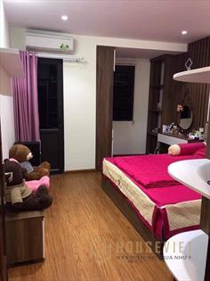 Bán nhà Thanh Lãm, Hà Đông, 42m*3,5T, giá 2.2 tỷ, ngõ rộng ô tô đỗ cửa, nhà đẹp ở luôn