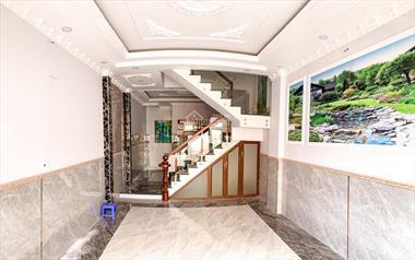 Nhà phố Châu Âu 1 trệt 2 lầu 4PN - 5WC Liên Khu 4 - 5, giá 2.2 tỷ
