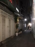 Bán nhà đẹp HXH 1 căn, Phan Xích Long, PN, khu VIP, 40 m2, 4 tầng, sổ chuẩn, chỉ 5.5 tỷ tl nhẹ.