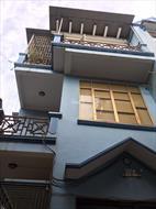 Chính chủ bán nhà lô góc 2MT 8,5m, 3 tầng, ô tô đỗ cửa, cách chợ trung tâm 50m