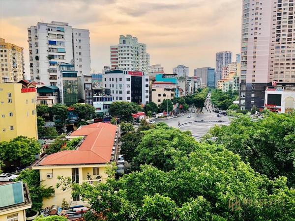 Ch 08112: bán nhà phố chùa hà- cầu giấy- kinh doanh- 13 phòng cho thuê- ô tô tránh