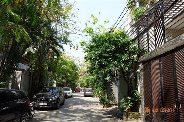Bán nhà phố ngọc khánh ba đình hà nội 26tỷ, dt 105m, mt 5.2m, lh 0968181902