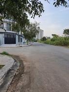 Bán gấp lô đất đường Lê Văn Việt, Tăng Nhơn Phú A, Q9, SHR, gần cầu vượt KCN cao, Giá 1.8 tỷ