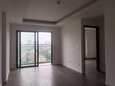 Cho thuê căn hộ chung cư Phương Đông Green Park, căn 2N, Dt 74m2,đồ cơ bản, 6tr/tháng - C Mai