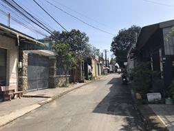 Bán nhà cấp 4 hẻm ba gác máy đất full thổ cư dt 140m2 ngay sau lưng Giáo Xứ Lộc Lâm