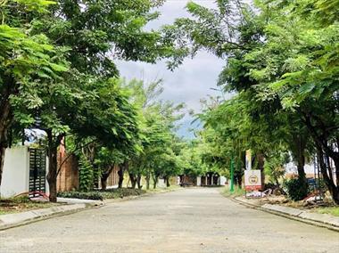 Cần bán lô đất biệt thự nghỉ dưỡng phía tây Tp Nha Trang KĐT Giáng Hương
