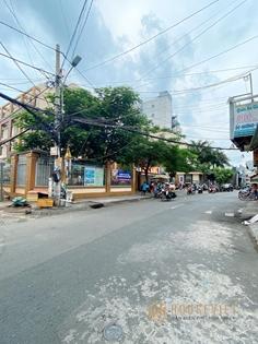 Kinh doanh sầm uất nhất , Bán nhà MT Thành Công , Quận Tân Phú , 4 tầng , giá 10 tỷ 9