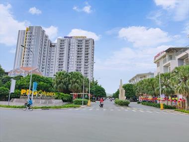 Cần bán Căn hộ Him Lam Phú Đông, view thành phố, vào ở ngay. Lh 0902693715